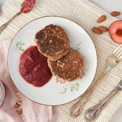 Mandel-Pancakes mit Haferflocken